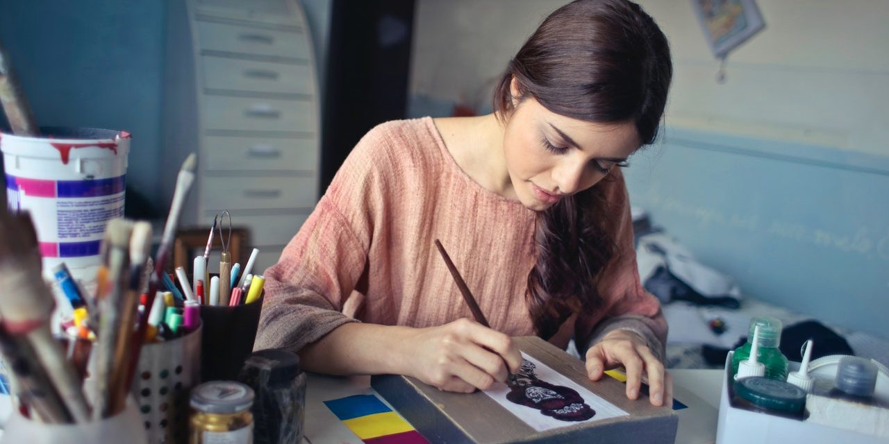 4 Considerations for Hiring Creative Roles