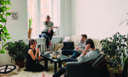 The 4 Major Differences Between Bible Studies and Micro-Groups